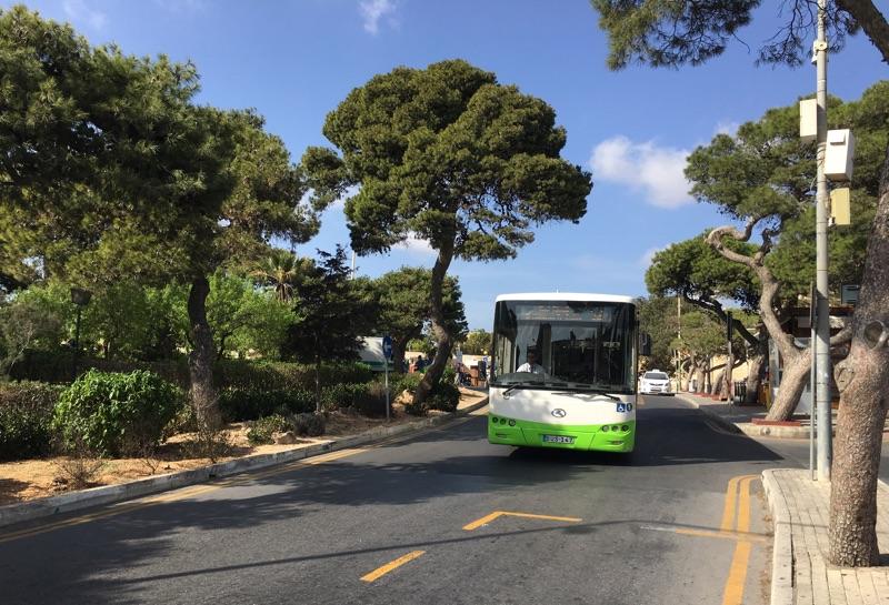 Auf Malta fährt man mit dem Bus - Foto © Helmut Hackl