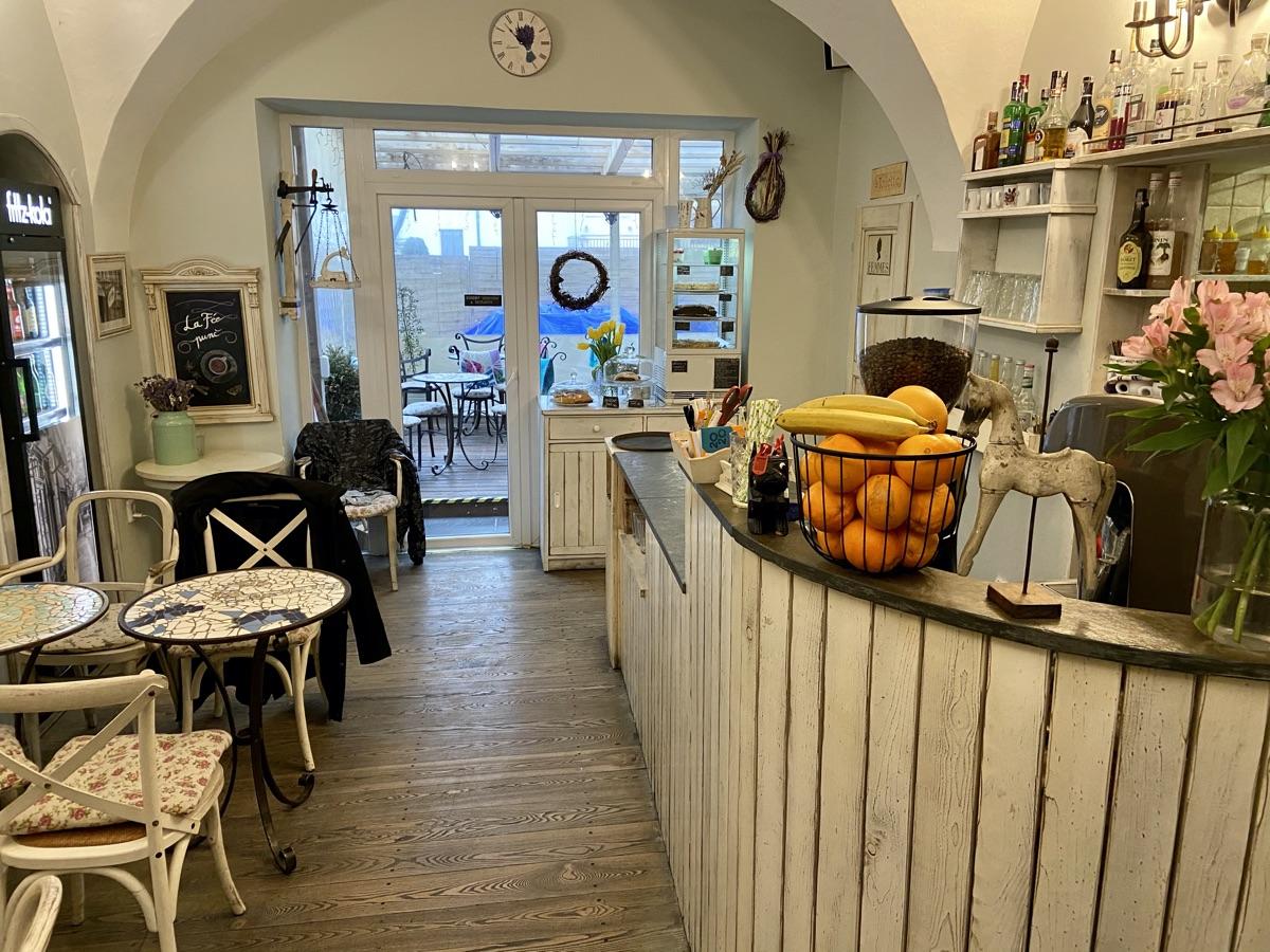 Café La Fee in Olmütz | Foto © Helmut Hackl