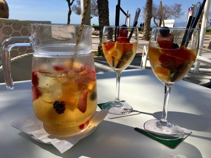 Sangria Champagne - mg cafe lounge - Playa / Palma de Mallorca - Foto © Helmut Hackl