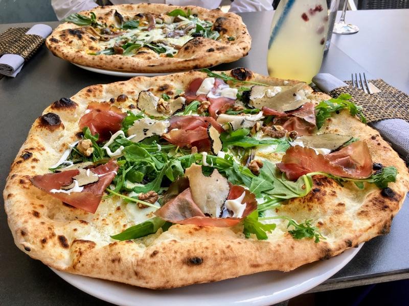 Sofi Vera Pizza Napoletana - Foto © Helmut Hackl