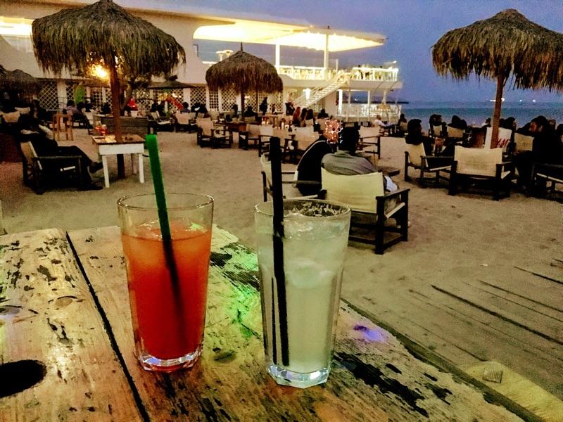 Cubo Beach Bar in Varna - Foto @ Helmut Hackl