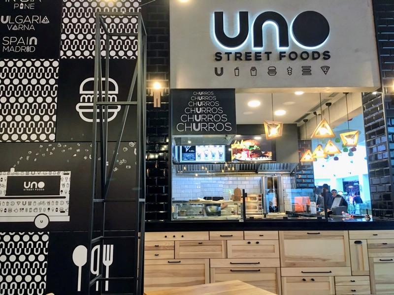 Uno Street Foods in Varna - Foto @ Helmut Hackl