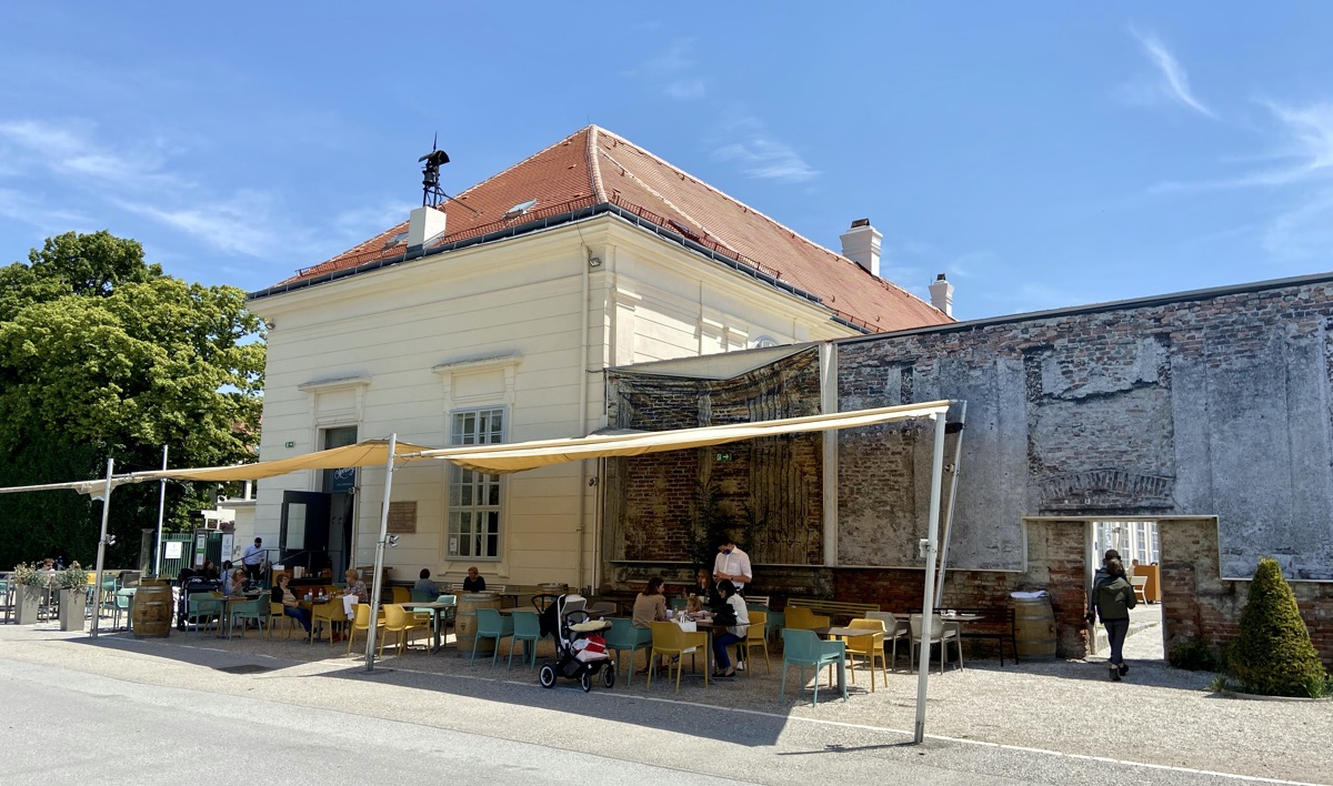Restaurant & Café Sperling im Augarten | Foto © Helmut Hackl