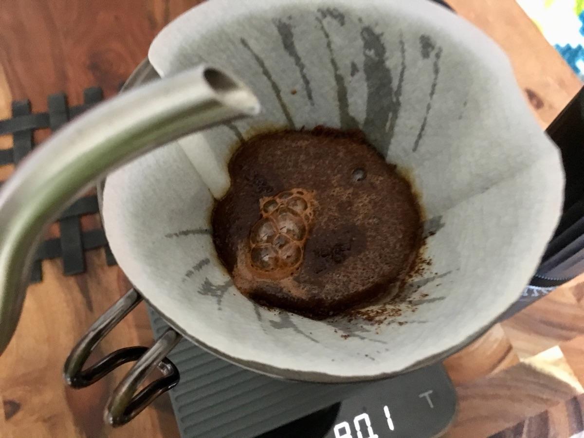 Blooming beim Filterkaffee | Foto © Helmut Hackl