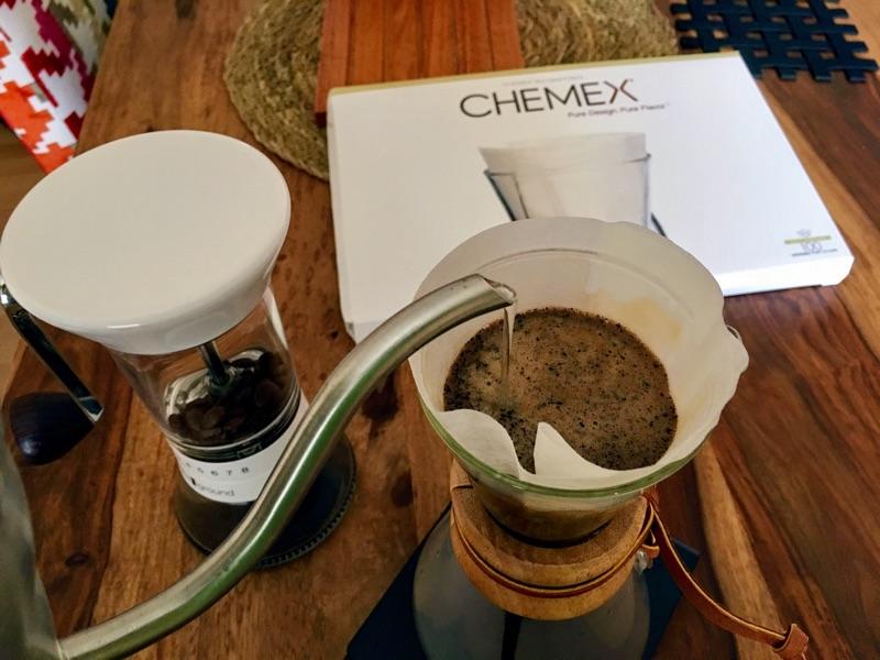 Filterkaffee mit der Chemex | Foto © Helmut Hackl
