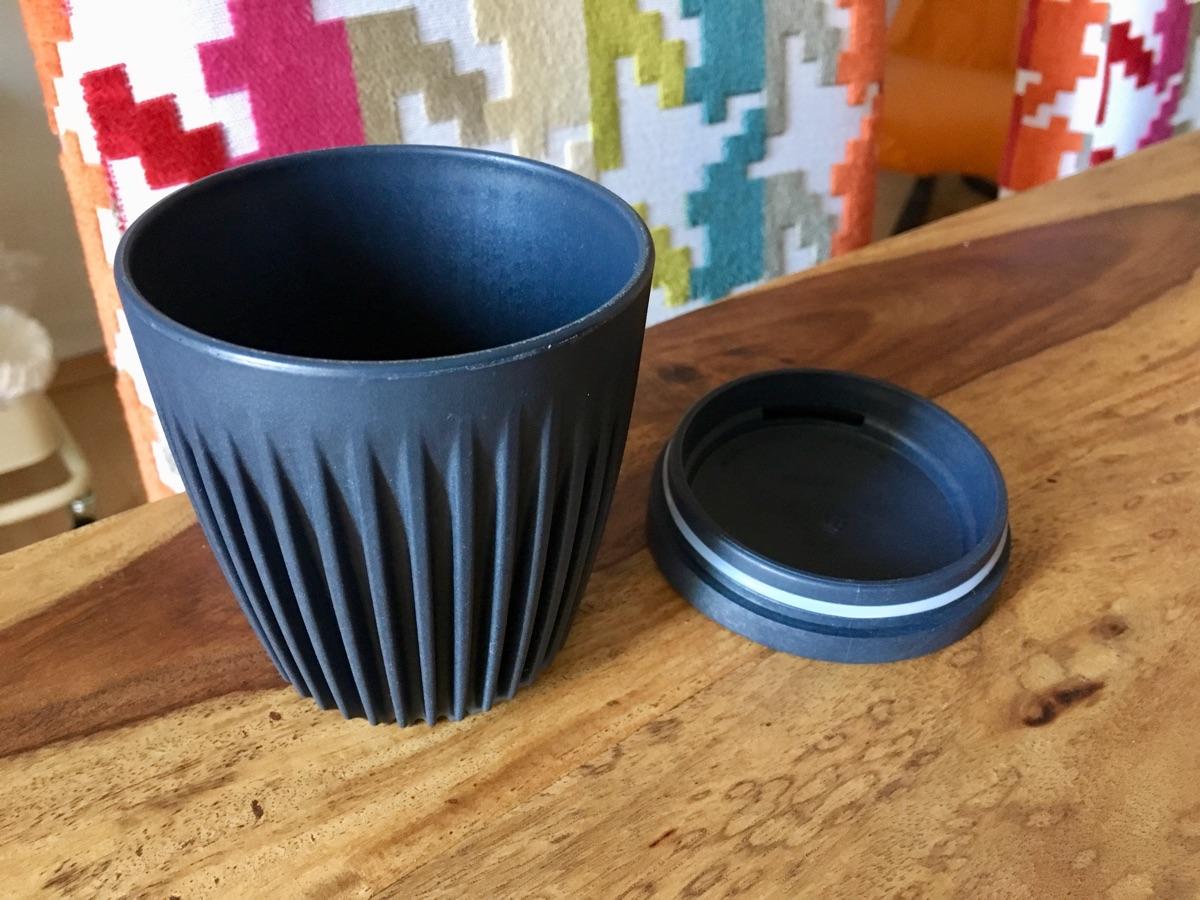 Huskee Cup – wiederverwendbarer Kaffeebecher   Foto © Helmut Hackl