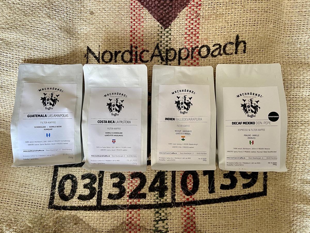 vier Sorten von der Machhörndl Kaffeerösterei in Nürnberg | Foto © Helmut Hackl