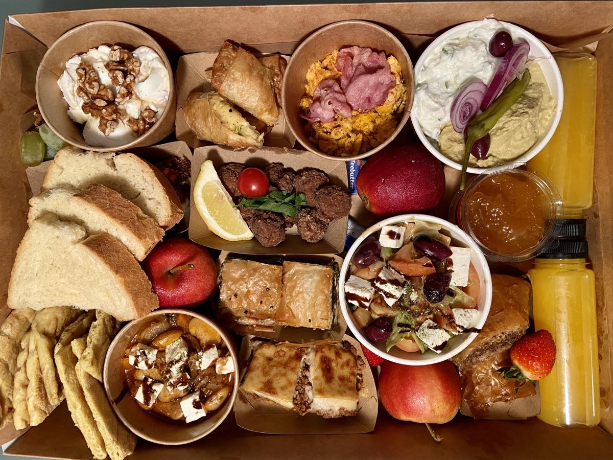 Restaurant Odysseus - Brunch Box für 2 | Foto © Helmut Hackl