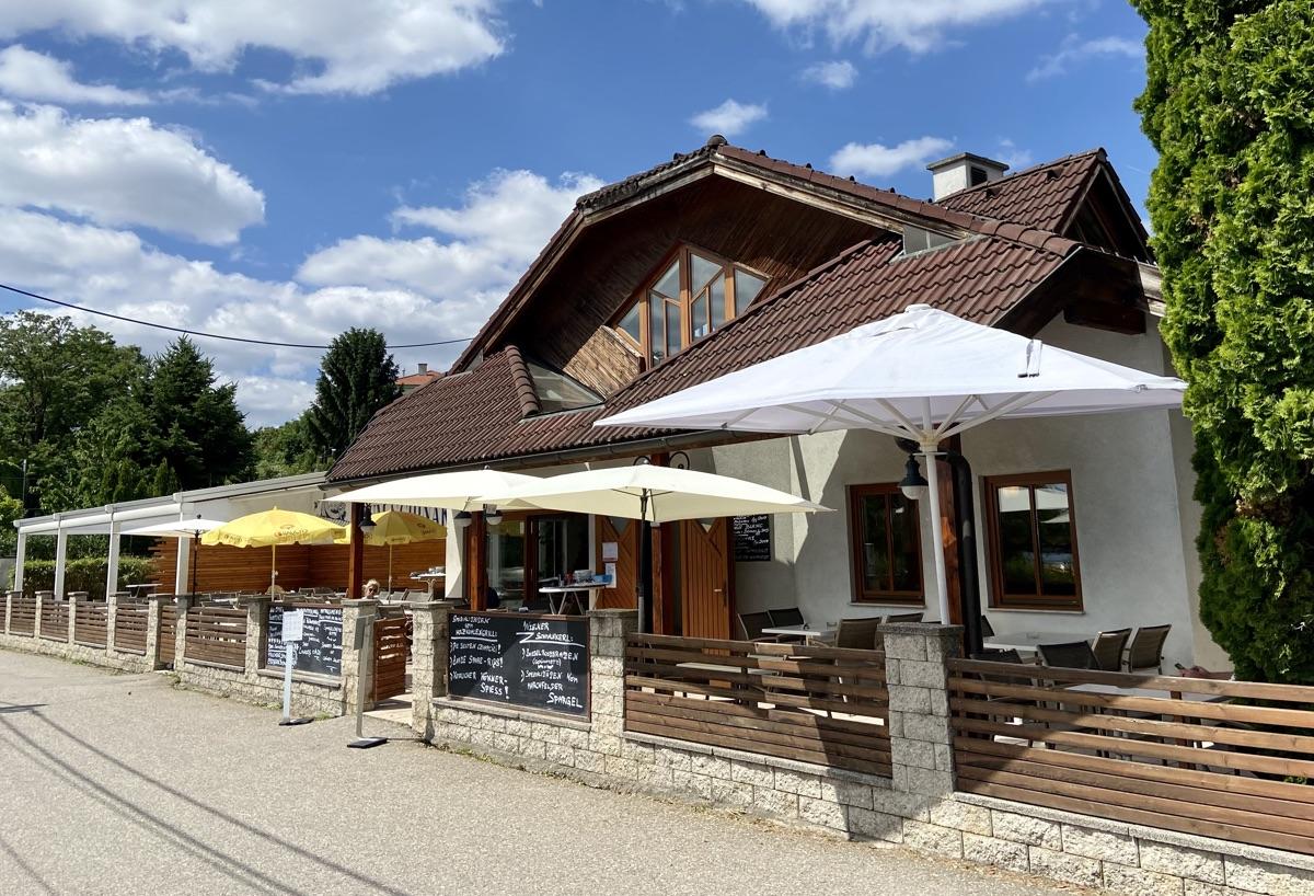 Restaurant Zum Schinakl an der Alten Donau | Foto © Helmut Hackl