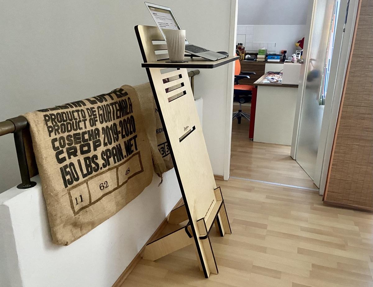 Standsome Free Crafted - steckbares Stehpult | Foto © Helmut Hackl